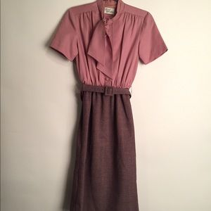 Vintage dusty rose dress with belt EUC S